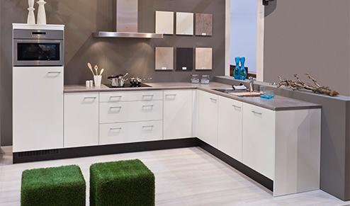 Fliesenspiegel küche : bribus keukens onderdelen